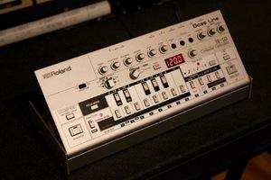 Roland TB-03 : TB 03 1