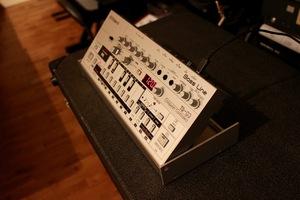 Roland TB-03 : TB 03 4