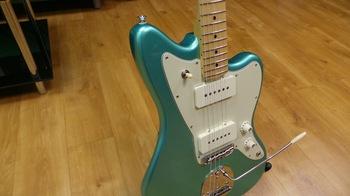 Fender American Professional Jazzmaster : 14