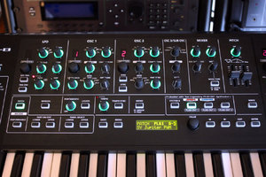 Roland SYSTEM-8 : Roland SYSTEM-8 (81379)