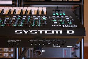 Roland SYSTEM-8 : System 8 2tof 17.JPG