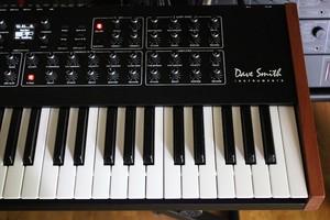 Dave Smith Instruments Prophet Rev2 : Prophet Rev2 2tof 006.JPG