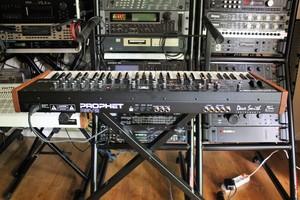 Dave Smith Instruments Prophet Rev2 : Prophet Rev2 2tof 012.JPG