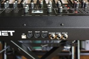 Dave Smith Instruments Prophet Rev2 : Prophet Rev2 2tof 014.JPG