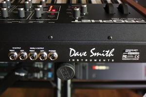 Dave Smith Instruments Prophet Rev2 : Prophet Rev2 2tof 015.JPG