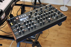 Novation Peak : Peak 2tof 001.JPG