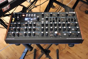 Novation Peak : Peak 2tof 002.JPG