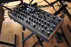 Novation Peak : Peak 2tof 003.JPG