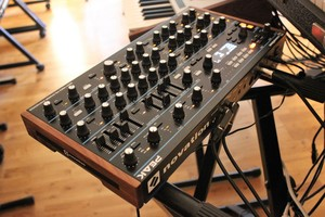 Novation Peak : Peak 2tof 005.JPG