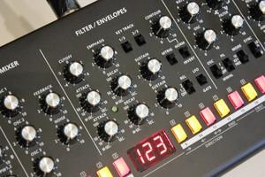 Roland SE-02 : SE 02 2tof 08.JPG
