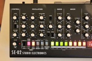 Roland SE-02 : SE 02 2tof 04.JPG