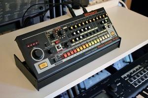 Roland TR-08 : TR 08 2