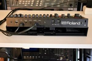 Roland TR-08 : TR 08 9