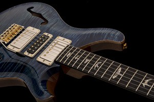 PRS Special Semi-Hollow Limited Edition : special semihollow 2018 photo1