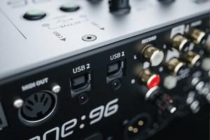 Xone 96 USB 2800