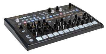 Arturia DrumBrute : DrumBruteCreation Side 2000