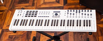 keylab mkII 61 White Up