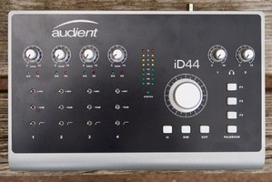 Audient iD44 : iD44 5