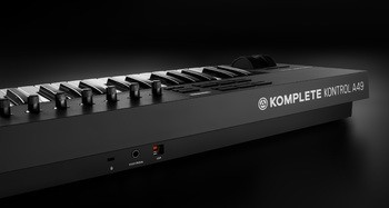 Native Instruments Komplete Kontrol A49 : KOMPLETE KONTROL A SERIES back