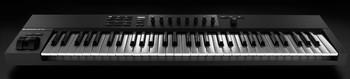 Native Instruments Komplete Kontrol A61 : KOMPLETE KONTROL A61 front