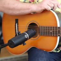 KU5A_Acoustic_Guitar