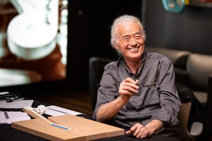 Fender_JimmyPage_Factory_2_photocreditFender