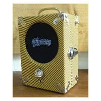 Pignose Legendary 7-100 - Tweed Edition : ampli-pignose-legendary-7-100-tweed-edition Persp