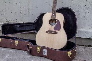 Gibson J-45 Studio 2019 : Gibson J-45 Studio_2