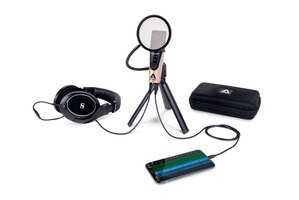 Apogee-HypeMiC-3-Quarters-Tripod-iPhone-Headphones-case-1000