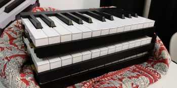 Piano de Voyage NAMM 2019 Stack