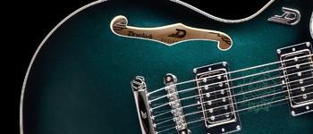 Duesenberg Alliance Dropkick Murphys Guitar : ADM Guitar body close 2
