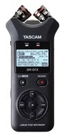 Tascam DR-07X : dr-07x_front_xy