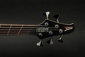 Dingwall-Guitars-D-Roc-Rob-van-der-Loo-Hellboy-Limited-Edition-5-string-Bass-Headstock-2
