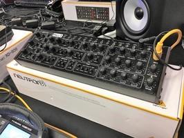 Behringer Pro-1 : Behringer - Pro1 - IMG_4846.JPG