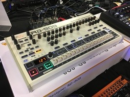 Behringer RD-909 : Behringer - RD-909 - IMG_4839.JPG