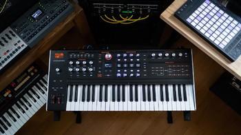 Ashun Sound Machines Hydrasynth : Hydrasynth Keyboard Up 2