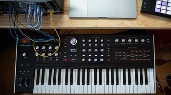 Ashun Sound Machines Hydrasynth : Hydrasynth Keyboard Up