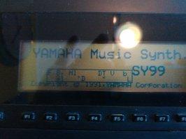 Yamaha SY99 démarrage