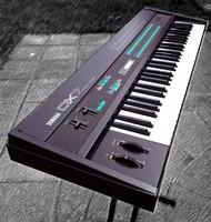 yamaha-dx7-synthesizer