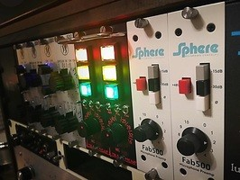 Sphere Recording Consoles Fab 500 : Fab 500 in rack 2