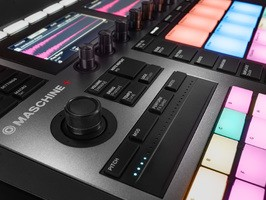 Maschine-Plus-detail-02
