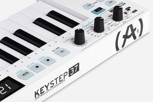 keystep-37-Rear Close