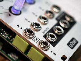 uhe-cvilization-input-output-cv-connectors-closeup