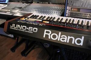 Roland JUNO-60 : Juno-60_2tof 13.JPG