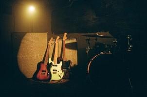 Fender_Noventa_ProductLifestyle_05