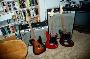 Fender_Noventa_ProductLifestyle_06