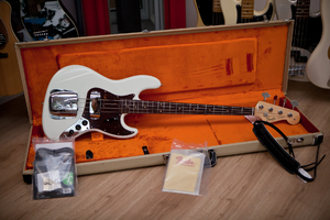 Fender American Vintage Series Basses