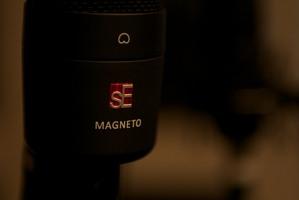 sE Electronics Magneto