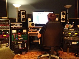 Home Studio audio mixing