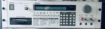 995E33EF-C4B9-40B4-B6C5-58A8BC0279C2